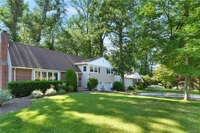 Scarsdale Single Family Home For Sale: 45 Abingdon Lane