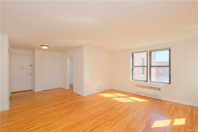 Bronx Co-Operative For Sale: 2244 Bronx Park East #6-E