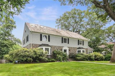 New Rochelle Single Family Home For Sale: 79 Melrose Drive