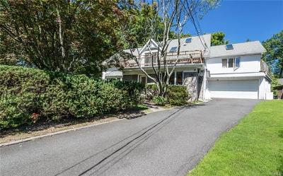 Rye Brook Single Family Home For Sale: 12 Maple Court