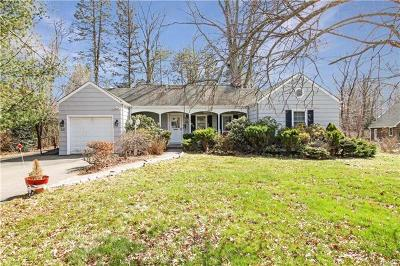 White Plains Single Family Home For Sale: 68 Normandy Road