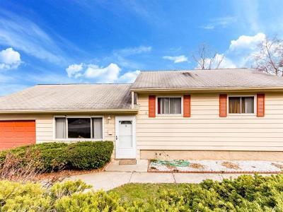 Yonkers Single Family Home For Sale: 76 Hillside Avenue