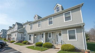 Pine Bush Condo/Townhouse For Sale: 100 Boniface Drive #13E