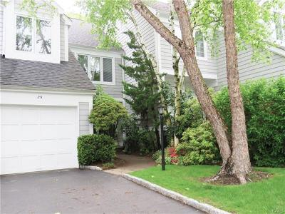 Hastings-On-Hudson Condo/Townhouse For Sale: 29 Berrybush Lane