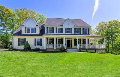 Mahopac Single Family Home For Sale: 34 Sprucetop Road