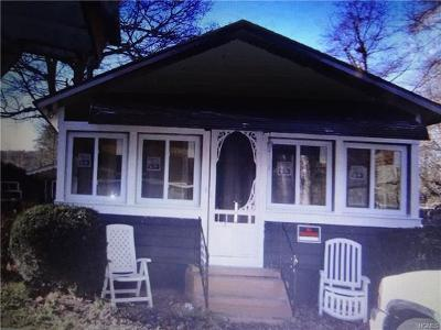 Godeffroy Single Family Home For Sale: 7 First Street