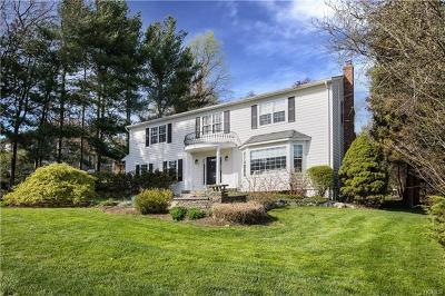 White Plains Single Family Home For Sale: 8 Devonshire Drive