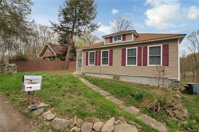 Middletown Single Family Home For Sale: 98 Godwin Road