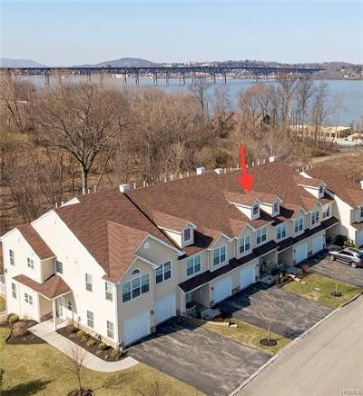Dutchess County Condo/Townhouse For Sale: 2505 Sylvan Loop