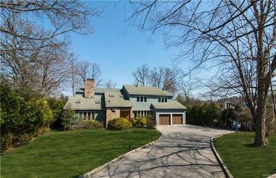 Irvington Single Family Home For Sale: 61 West Butterwood Lane