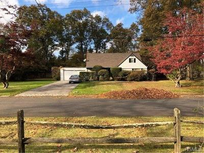 Scarsdale Single Family Home For Sale: 11 Colonial Road
