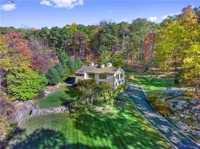 Croton-On-Hudson Single Family Home For Sale: 1520 Journeys End Road