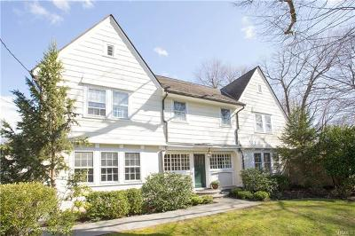 Scarsdale NY Single Family Home For Sale: $1,350,000