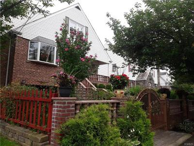 Yonkers Single Family Home For Sale: 20 Raymond Place