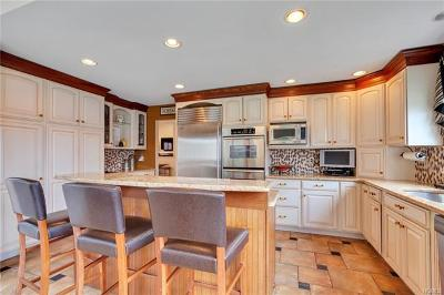 Highland Mills Single Family Home For Sale: 139 Roselawn Road
