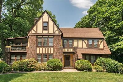 New Rochelle Single Family Home For Sale: 240 Hamilton Avenue