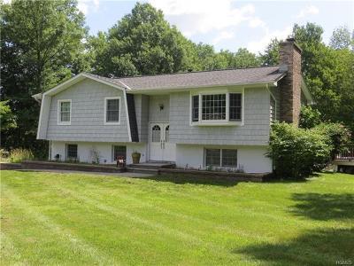 Bloomingburg Single Family Home For Sale: 71 Joshua Drive