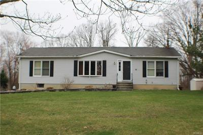 Middletown Single Family Home For Sale: 37 Bowser Road