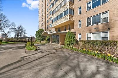 Westchester County Co-Operative For Sale: 1200 Midland Avenue #6F