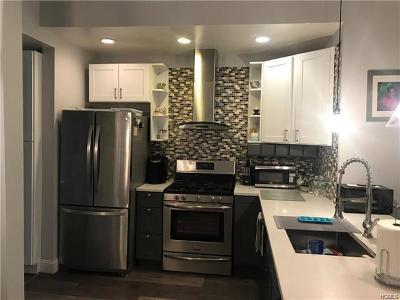 Bronx Single Family Home For Sale: 2877 Zulette Avenue