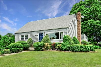 Westchester County Single Family Home For Sale: 2736 Windmill Drive
