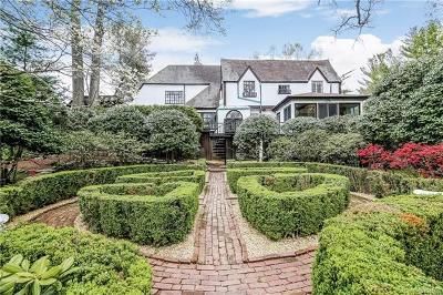 White Plains Single Family Home For Sale: 181 Hillair Circle