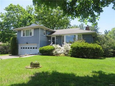 White Plains Single Family Home For Sale: 11 Belmont Street