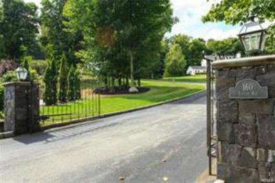 Cortlandt Manor Single Family Home For Sale: 160 Locust Avenue