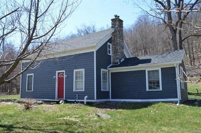 Bloomingburg Single Family Home For Sale: 609 Roosa Gap Road