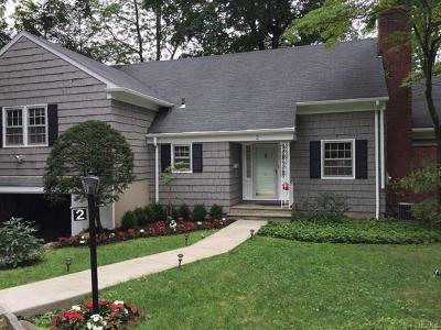 Scarsdale Single Family Home For Sale: 2 Horseguard Lane