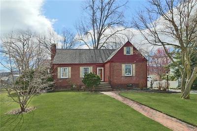 Dutchess County Single Family Home For Sale: 118 North Walnut Street