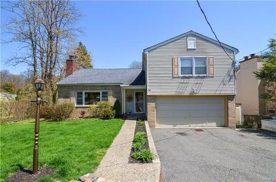Thornwood Single Family Home For Sale: 87 Whittier Drive