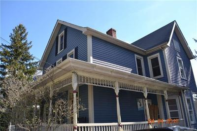 Walden Single Family Home For Sale: 81 Ulster Avenue