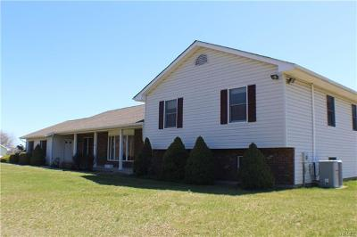 Middletown Single Family Home For Sale: 620 Ingrassia Road