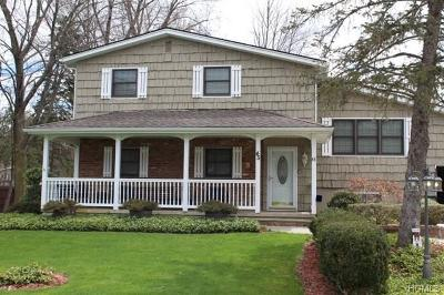 Monroe Single Family Home For Sale: 45 Merriewold