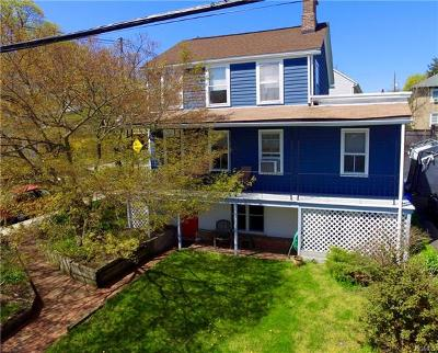Single Family Home Sold: 30 Washington Street