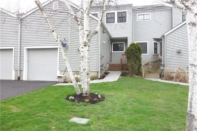 Ossining Condo/Townhouse For Sale: 33 Bridle Path Road