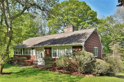 White Plains Single Family Home For Sale: 3 Overlook Court