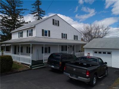 Milton Single Family Home For Sale: 170 Milton Turnpike