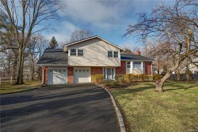 New Rochelle Single Family Home For Sale: 1047 Weaver Street