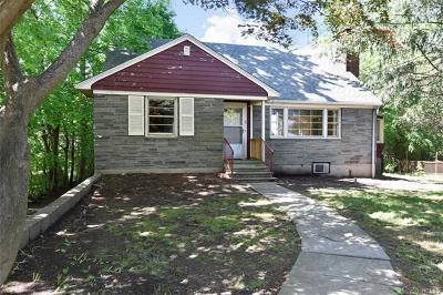 Single Family Home For Sale: 9 Saxon Wood Park Drive
