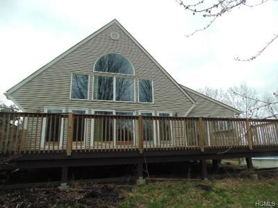 Middletown Single Family Home For Sale: 271 Grahamtown Road
