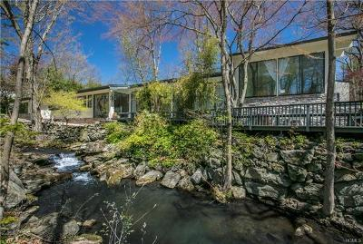 Larchmont Single Family Home For Sale: 3 Hilltop Road