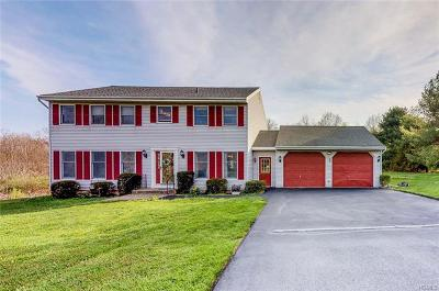 New Paltz Single Family Home For Sale: 3 Country Meadows Road