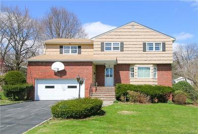 Scarsdale Single Family Home For Sale: 19 Paradise Drive