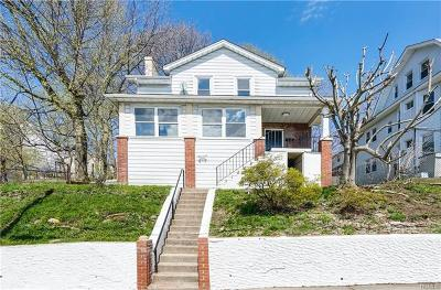 Yonkers Single Family Home For Sale: 99 Douglas Avenue