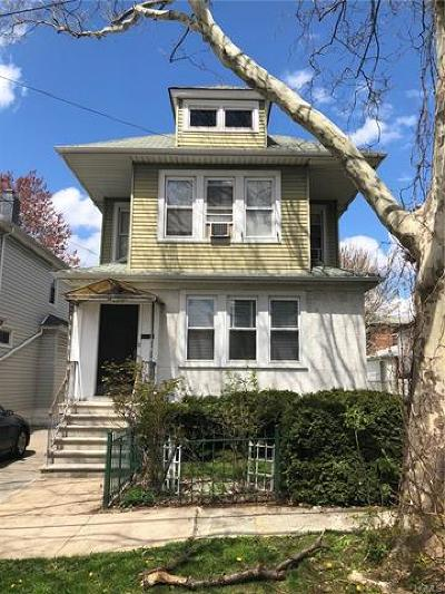 Multi Family 2-4 For Sale: 2851 East 195th Street