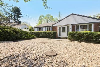 White Plains Single Family Home For Sale: 48 Holbrooke Road