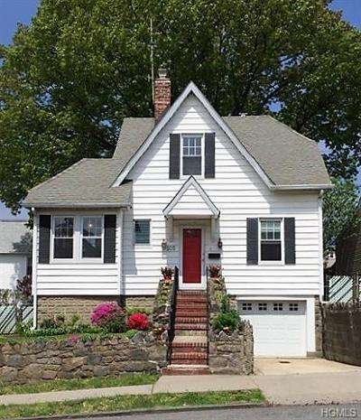 Yonkers Single Family Home For Sale: 105 Sweetfield Circle