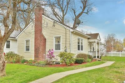 Valhalla Single Family Home For Sale: 10 East Oxford Street